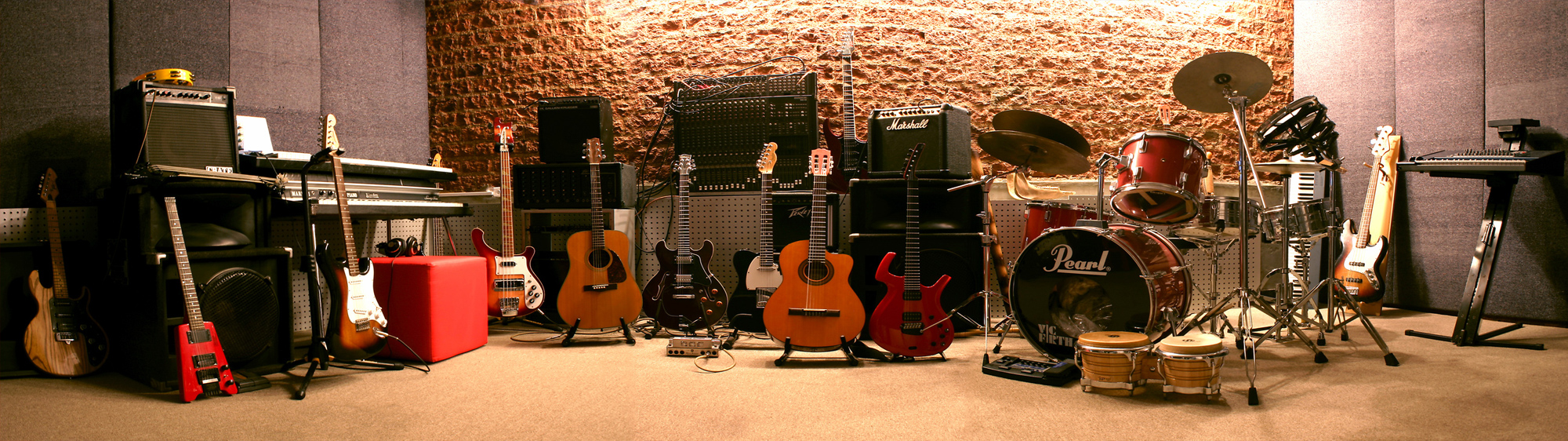 Guitars & Accessories